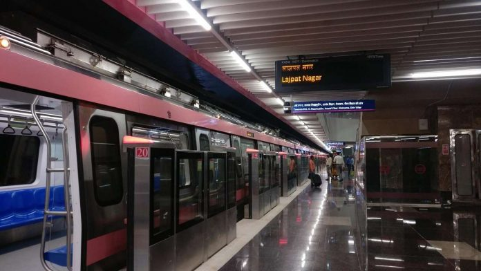 Top 5 Shop & Eat Paradise Connected to Delhi Pink Line Metro